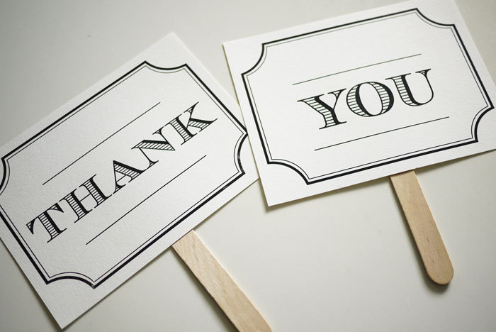 Vintage Design - Mr and Mrs - Thank You - Double Sided Photo Props Signs (PRINTABLE)